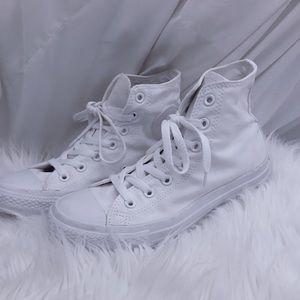 🌬High Top Converse All White